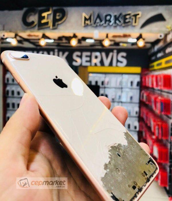 iPhone 8 Plus Arka Cam Değişimi
