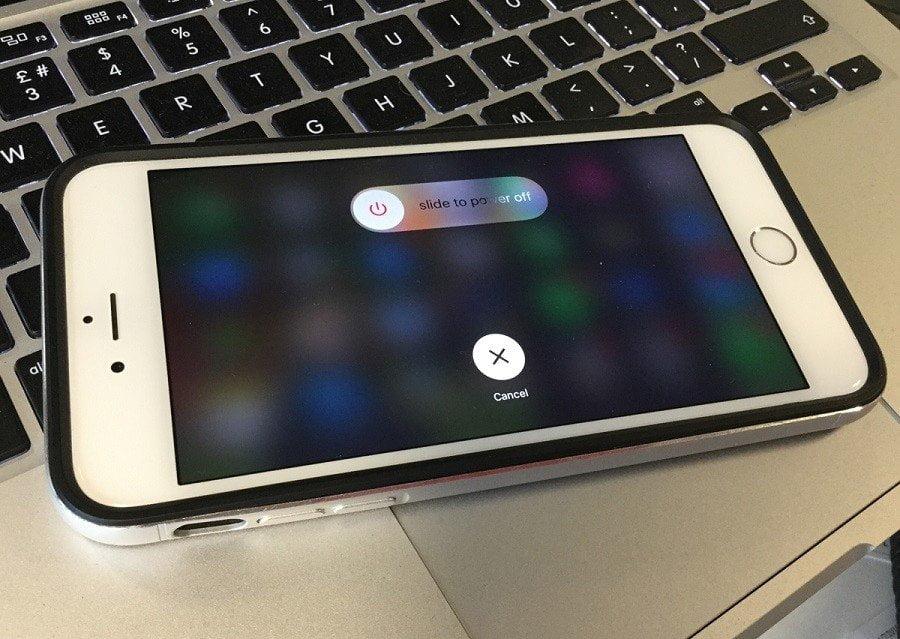 iPhone'da Ön Cam Kırılır mı? Nasıl Yenilenir?