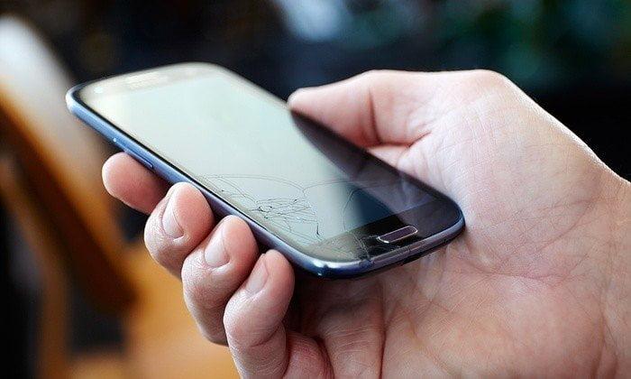 Telefonun Ekran Tamiri Cam Değişimi Kaç TL