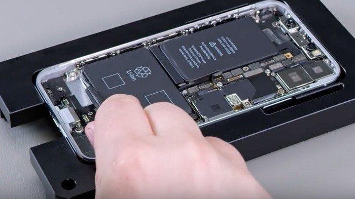 iPhone XR LCD Ekran Değişimi Fiyatı Kadıköy