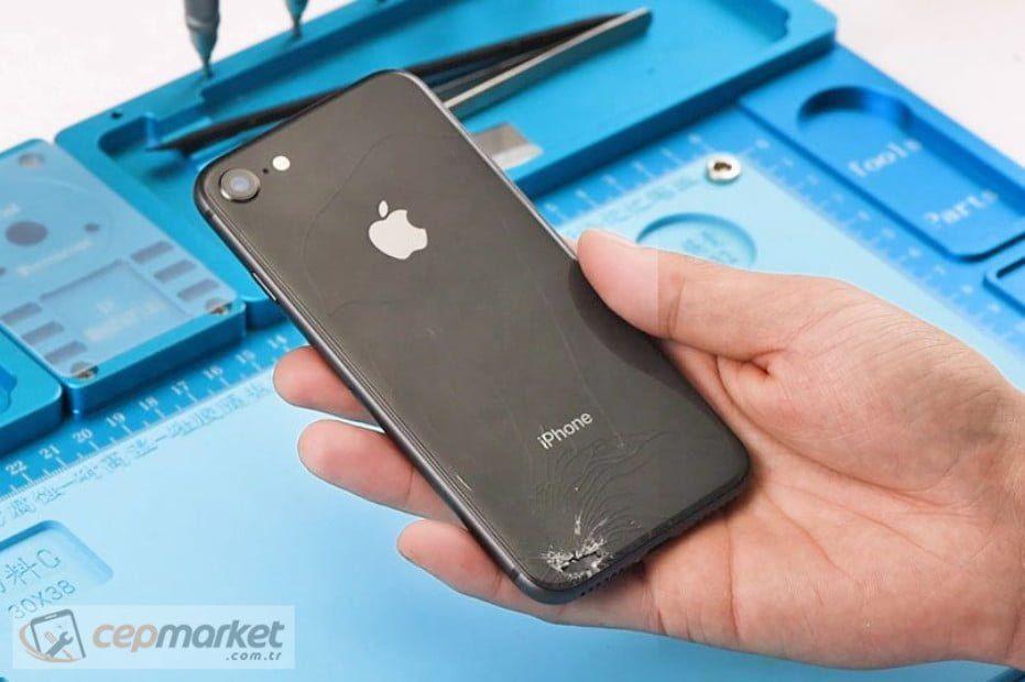 iPhone Arka Kasa Değişimi Fiyatları