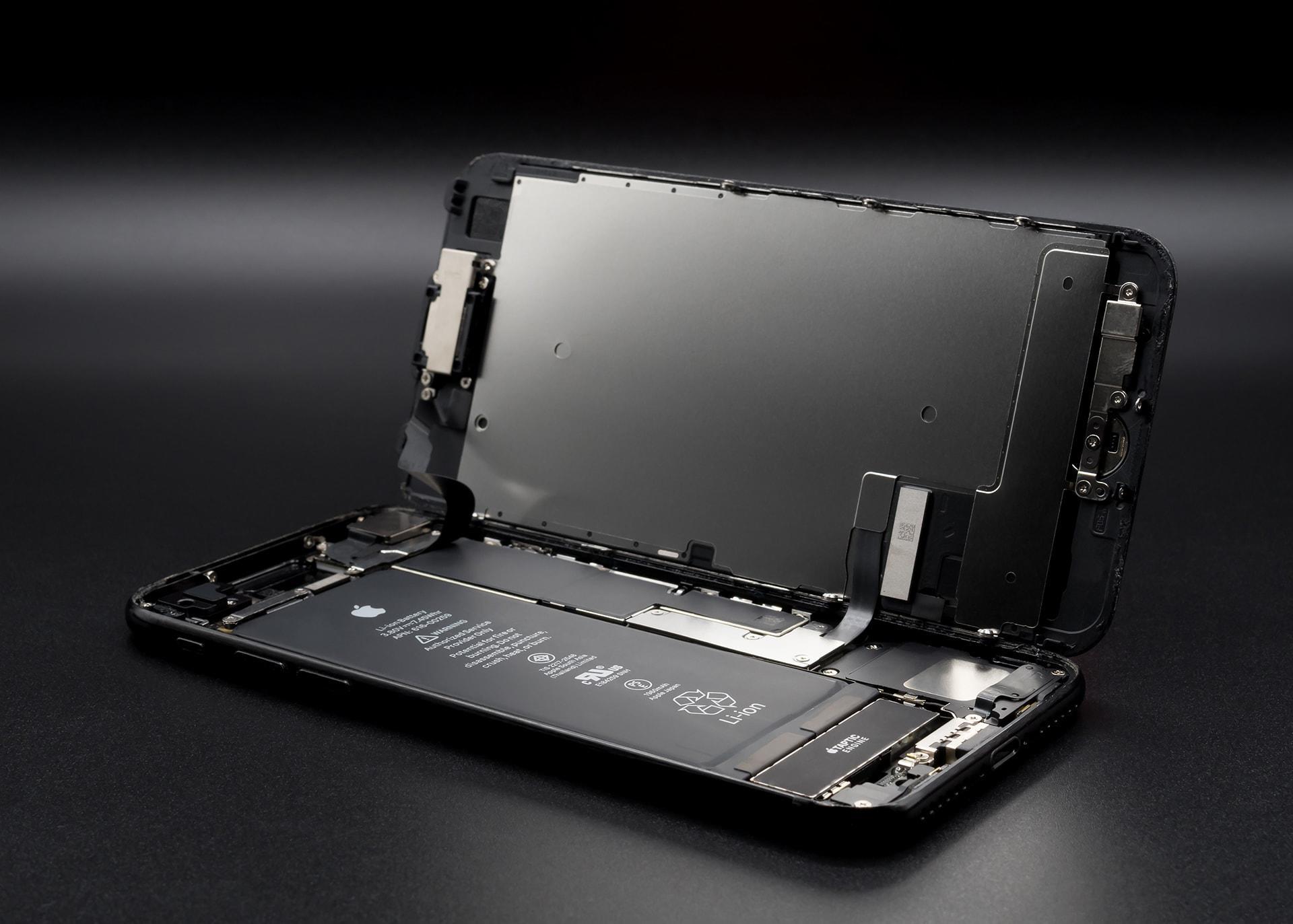 iPhone Garantili Batarya Değişimi