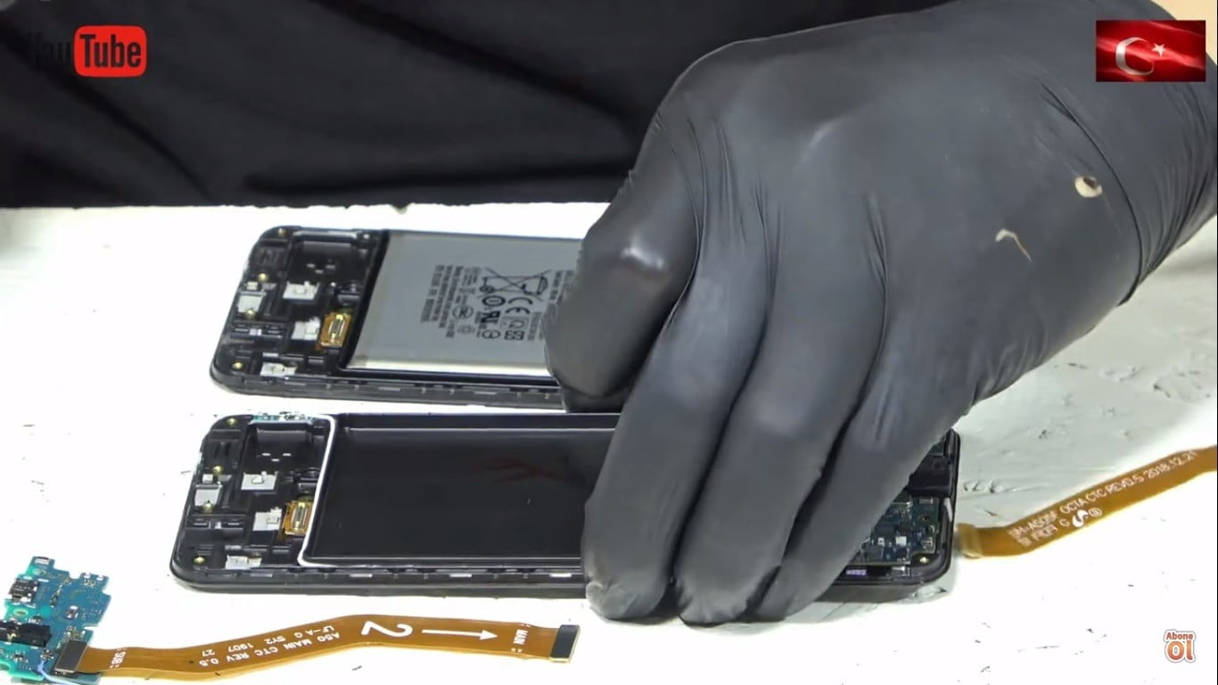 Samsung A50 Ekran Değişimi