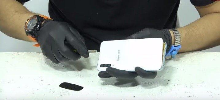 Samsung A10 Ekran Değişimi