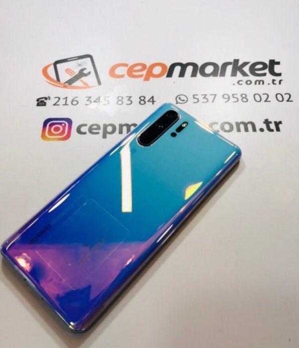 Huawei P30 Pro Arka Kapak Değişimi Fiyatı