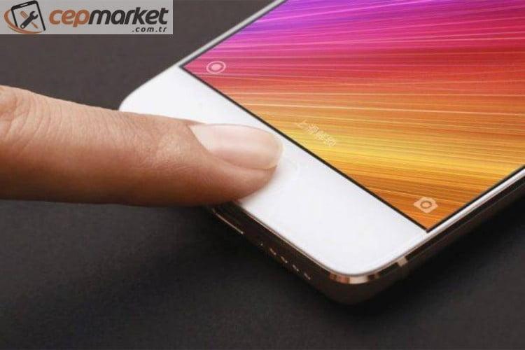 iPhone Cam Kırılması Nasıl Giderilir?