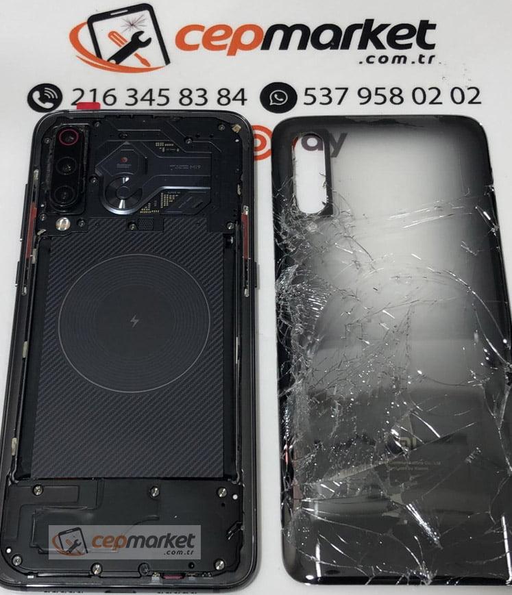 Xiaomi Mi 9 Explorer Arka Cam Kapak Değişimi
