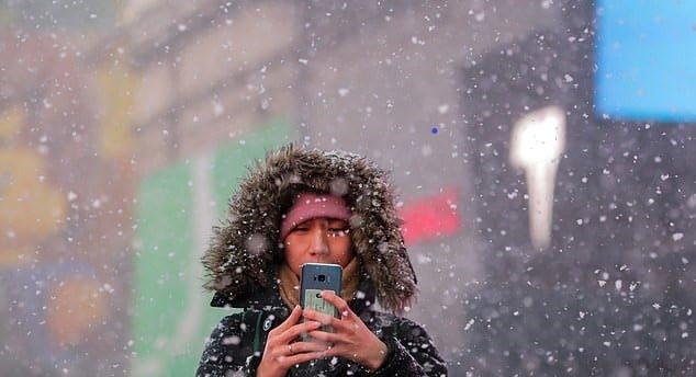 Telefonum Soğukta Kapanıyor