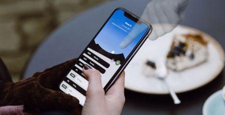 iPhone Kendi Kendine Bir Yerlere Giriyor