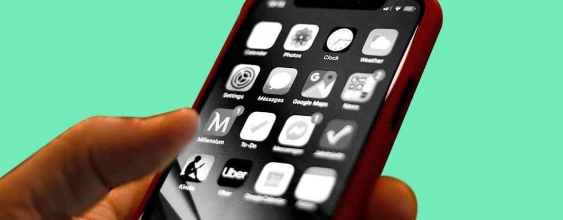 Telefon Ekranı Siyah Beyaz Oldu, Nasıl Düzelir?