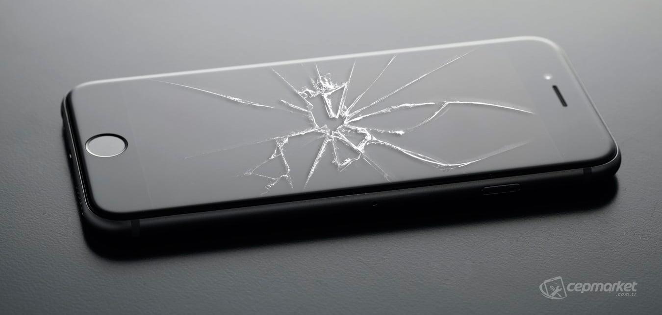 iPhone Ekran Camı Değişimi