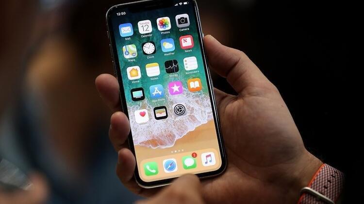 iPhone X On Cam Catlamasi ve Degistirmek